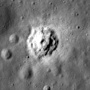 Bench_crater_2