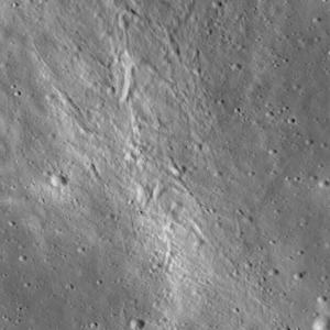Crater_chain_2
